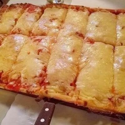 Alfredo's Famous Thick Pan Pizza  (Whole Tray ~ 12 cuts)